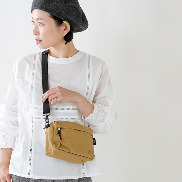 "STANDARD SUPPLY(スタンダードサプライ)<br />ショルダーS""SIMPLICITY"" weekend-shoulder-s"