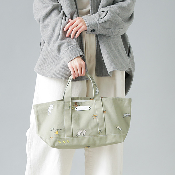 "R & D.M.Co-(オールドマンズテーラー)<br />プリントコットントートバッグ""FARMERS FAMILY TOTE BAG S"" 3965"
